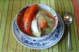 chicken soup with plum tomatoes